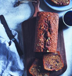 banana bread with spelt flour and flaxseed